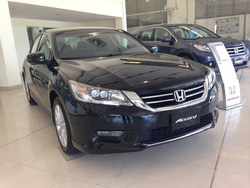 ?nh s? 1: Honda Accord - Giá: 1.470.000.000