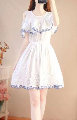 Ảnh số 13: mã 13 váy ren viền thêu - Giá: 230.000