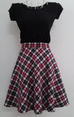 Ảnh số 67: Chân váy xòe kẻ karo 2 lớp 2 túi hông - Giá: 225.000