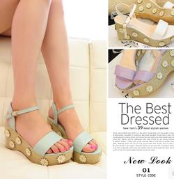 Ảnh số 58: sandal xuòng - Giá: 420.000