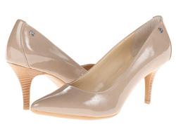 Ảnh số 20: Giày Calvin Klein size 7.5  Giày pump mũi nhọn màu taupe,  gót gắn logo Ck sang trọng   Đế silicon đi êm chân, cao 7cm - Giá: 1.700.000