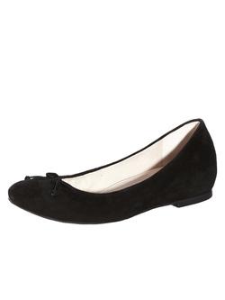 Ảnh số 95: Giày Vince Camuto size 5.5  Giày đế bệt màu đen da lộn, gắn nơ mũi giày   Đế gỗ sang trọng - Giá: 1.500.000