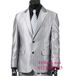 Ảnh số 16: vest kẻ 2 khuy sáng - Giá: 1.700.000