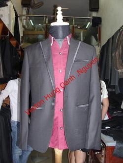 Ảnh số 82: vest đen viền - Giá: 1.800.000