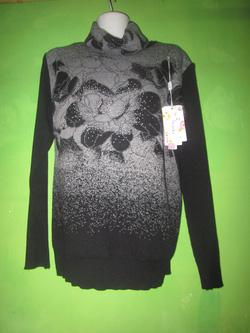 Ảnh số 9: áo len hoa cổ lọ - Giá: 350.000