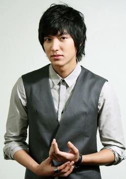 Ảnh số 21: Tóc bộ Nam Hàn Quốc - Giá: 700.000