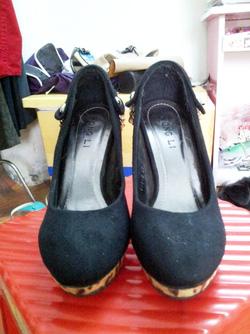 Ảnh số 2: giày - Giá: 250.000