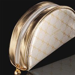 Ảnh số 17: Giordani Gold Beauty Bag- giá 150k - Giá: 150.000