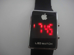 Ảnh số 99: Đồng hồ - Giá: 60.000