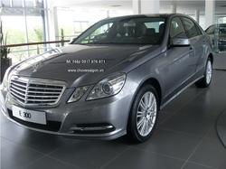 Ảnh số 4: Mercedes E300 - Giá: 2.511.000.000
