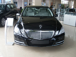 Ảnh số 12: Mercedes E200 - Giá: 1.897.000.000