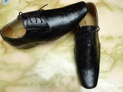 Ảnh số 56: Giầy da nam, giầy lười nam, giầy thể thao nam, giầy công sở nam, giầy buộc dây nam, giầy nam xuất khẩu - Giá: 390.000