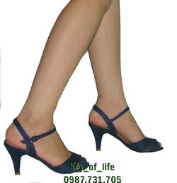 Ảnh số 84: Sandal Nine West - Giá: 290.000