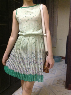 Ảnh số 18: váy - Giá: 320.000