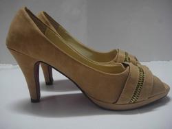Ảnh số 20: cao gót 5cm màu da chân - Giá: 175.000