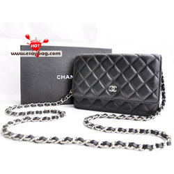 Ảnh số 79: Chanel Flap - Giá: 1.790.000