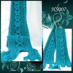 Ảnh số 4: Khăn đan kiểu vặn thừng - Giá: 209.000