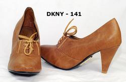 Ảnh số 21: DKNY - Giá: 700.000
