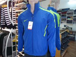 Ảnh số 99: áo khoác nike - Giá: 250.000