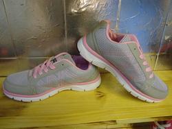 Ảnh số 60: giày thể thao - Giá: 280.000