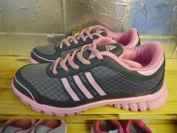 Ảnh số 67: giày thể thao - Giá: 280.000
