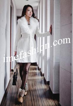 Ảnh số 56: áo choàng dạ nữ - Giá: 1.400.000