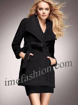 Ảnh số 57: áo choàng dạ nữ - Giá: 1.350.000