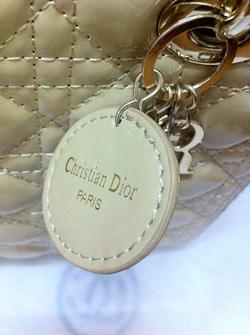 Ảnh số 21: Dior Lady - Giá: 680.000