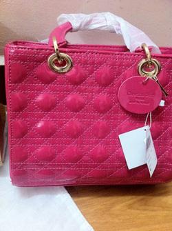 Ảnh số 22: Dior Lady - Giá: 680.000