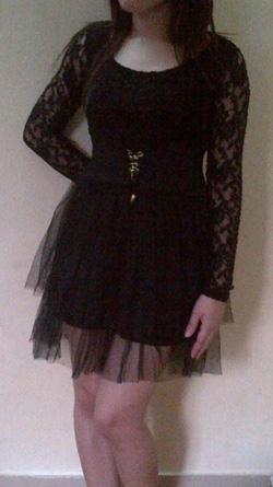 Ảnh số 10: váy đen ren, lưới - Giá: 165.000