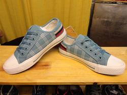 Ảnh số 72: Giày bata - Giá: 180.000