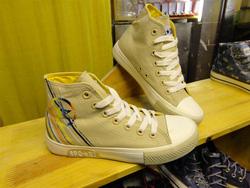 Ảnh số 79: Giày bata cao cổ - Giá: 230.000