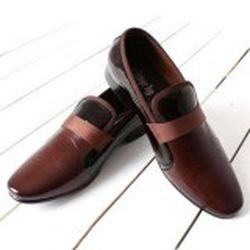Ảnh số 8: giày hàn quốc - Giá: 1.950.000