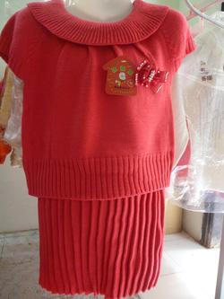 Ảnh số 10: Bộ váy len - Giá: 255.000