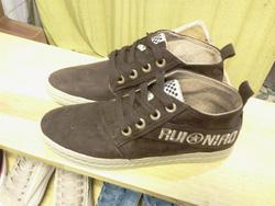 Ảnh số 82: Giày bata cao cổ dạ - Giá: 230.000