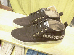 Ảnh số 83: Giày bata cao cổ dạ - Giá: 230.000