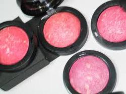 Ảnh số 39: má hồng ngọc trai gio armani (Nhật) - Giá: 60.000