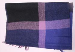 Ảnh số 73: khăn dạ caro - Giá: 100.000