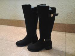 Ảnh số 97: Made in KOREA, da lộn, màu đen, size 37/38, gót 5 phân, ôm chân cực kỳ. - Giá: 1.150.000