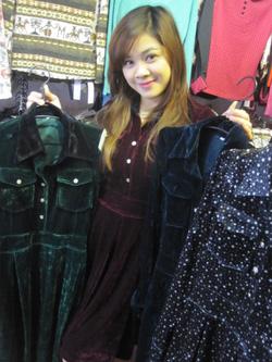 Ảnh số 30: Váy xòe - Giá: 395.000