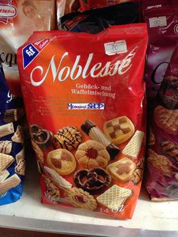 Ảnh số 16: Bánh FHF Nublesse - Giá: 75.000