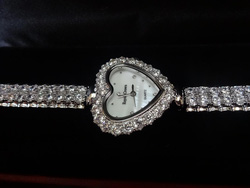 Ảnh số 2: Royal Crown - Giá: 1.550.000