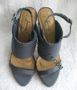 Ảnh số 90: Sandal nữ Việt Nam Xuất Khẩu Zara X03 chấm bi size37 - Giá: 380.000