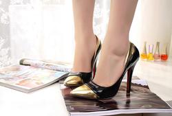 Ảnh số 41: giày cap toe fake louboutin cao 10p sz 36, 37 có thể đi đc, còn mới tinh thanh lý 520k - Giá: 520.000