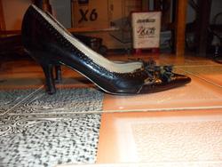 Ảnh số 39: giày da bóng mũi nhọn - Giá: 100.000