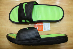 Ảnh số 26: Nike Benassi Solarsoft Slide - Giá: 700.000