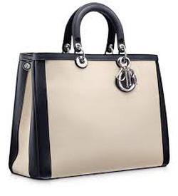 Ảnh số 35: Dior - Giá: 550.000