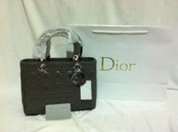 Ảnh số 38: Dior - Giá: 450.000