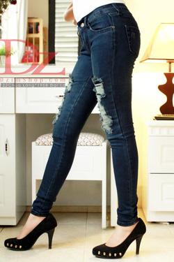 Ảnh số 14: jeans rách - Giá: 245.000