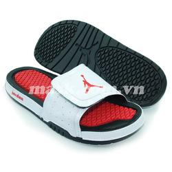 Ảnh số 80: Nike Air Jordan trắng đỏ - Giá: 750.000